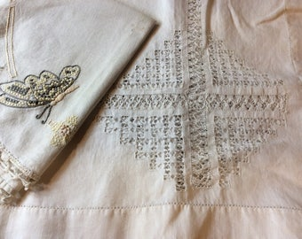 Round butterfly linen & square tea table cloth
