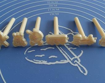 6 molds cake print 6 forms for almond paste paste has sugar Cake Design