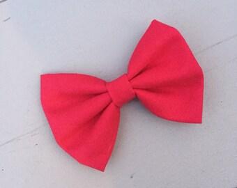 Red bow| baby girl headband | newborn headband | headband | baby bow | newborn bow | bow | baby shower gift | accessories