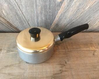 WearEver 5.5 Inch Aluminum Sauce Pan and Lid, .5 Quarts Vintage