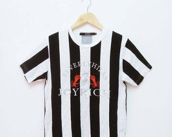 Hot Sale!!! Rare Aunthentic BAVERLY HILLS JOYRICH Embroidery Big Logo Striped T-Shirt Luxury Hip Hop Skate Swag Small Size