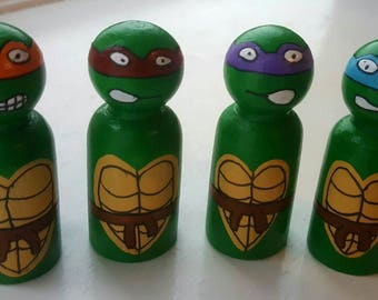 Ninja turtle peg doll set