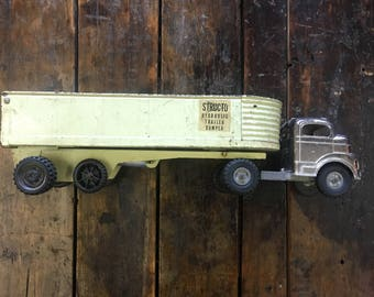vintage Structo truck with hydraulic trailer // 1950's vintage toy truck