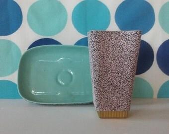 Shawnee Pottery Confetti Glaze Vase and Bowl