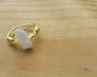 Wire ring with white stone, ring, wire jewelry, stone,boho jewelry, boho, bohemian jewelry, bohemian