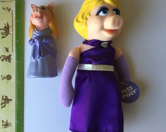 1978 The Muppets vinyl Miss Piggy figure + 1991 small Miss Piggy plush toy New with tags