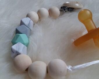 Beaded pacfier clip chain holder personalized baby gift, attache sucette tètine, Schnullerkette, portacuccio, chupetero, baby accessory