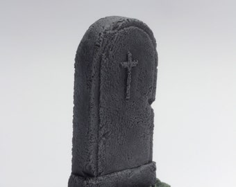 "miniature gravestone, model ""simple"" gravestone"