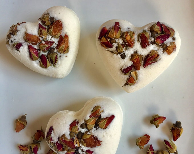 Heart peony flower petals bath bomb , heart bath bomb , heart bath fizzy valentines bath bomb