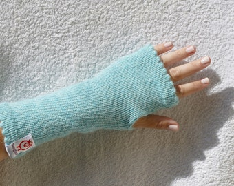 Beautiful fingerless mittens made to order in 100% alpaca