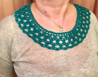 Col Claudine macrame necklace