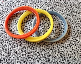 Vintage Two Toned Lucite Bangle Bracelets Set of Three, Mid Century Modern