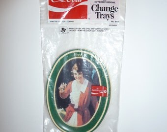 Vintage Coca-Cola Change Tray/Reproduction Coca-Cola/Ohio Art in original packaging/3 oval Coke Brand trays