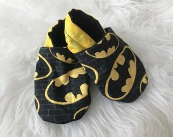 Batman baby booties | baby booties | batman