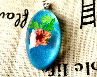 Dried flower resin oval blue pendant silver jewellery supplies C126