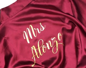 Personalized Bridesmaid satin robes, weddind robes, bride robe, bridal robes, wedding gifts, bridesmaid gifts, monogram robes, matching robe