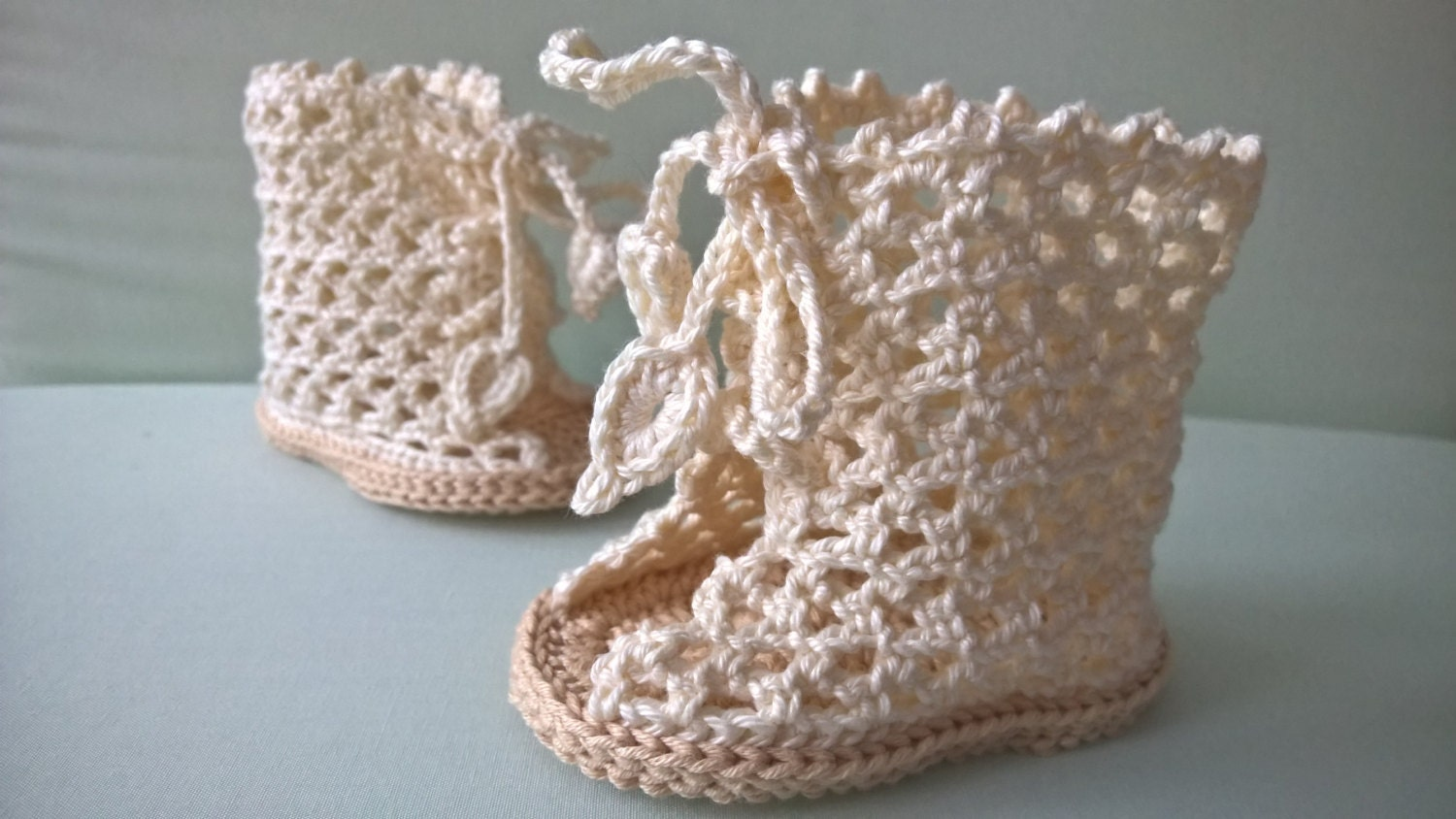 Crochet baby booties pattern baby shoes pattern baby sandals this is a digital file bankloansurffo Image collections