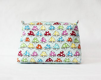 Muchroom pouch, makeup bag, cosmetic pouch, travel pouch