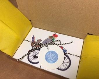 Box set of 10 assorted Paper Den illustrated postcards