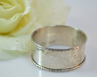 Floral Scroll Trimmed Napkin Ring Sterling Silver 14.7g