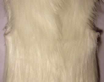 Vintage Women's Vest/White Vest/ Elegant Sleeveless Vest/Warm Soft Vest/ Artificial Furry Vest/ Button Up/Lining/Size M