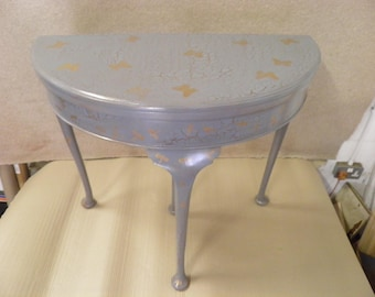 Pretty Decorative Vintage Demi Lune Foldover Card Table
