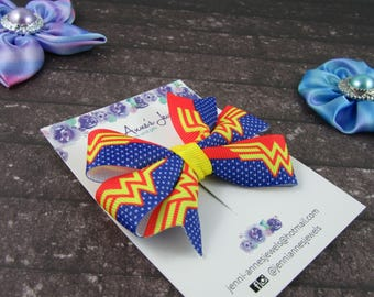 Pinwheel Hair Bow Clip - Wonder Woman