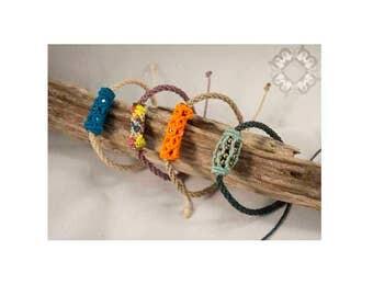 Macrame Bracelet - Macrame Bead - Fiber Bead Bracelet - Blue macramé Bangle - textile strap -