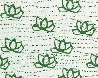 Green and White Lotus Shortsleeve Summer Dress