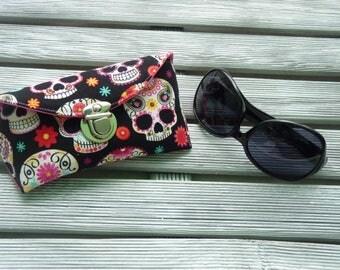 Sunglasses Case, Mexican Skulls, Fabric sunglass case, Spectacles case, Sunglasses holder, Sunnies Case, Eyeglass sleeve, sister gift