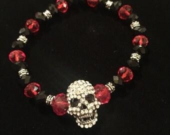 Skull beaded crystal bracelet