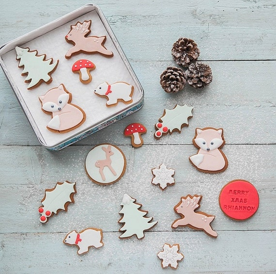 https://www.etsy.com/uk/listing/487303765/christmas-woodland-biscuit-gift-tin?ref=shop_home_active_6