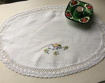 Vintage Embroidered doily, vanity mat, lamp mat, butler tray cloth, cottage design, lace trimmed, clover leaf