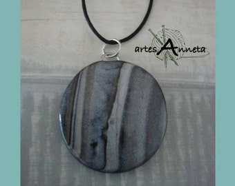 Necklace Levkas grated grayscale