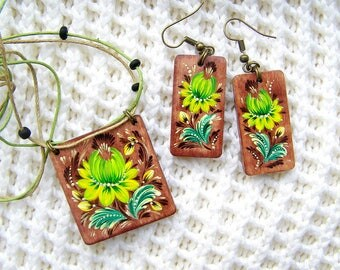 Sale! Wooden jewelry set Hand painted jewelry set Ethnic earrings Ethnic necklace Folk art jewelry flowers jewelry