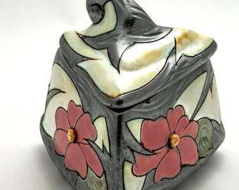 Jewellry box- earthenware , Pottery box, Handmade Ceramic Trinket box, Art pottery Treasure box, Keepsake box, Jewellry  Storage