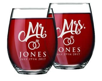 Custom Stemless Wine Glasses, Personalized Wine Glasses, Mr and Mrs Gifts, Mr and Mrs Glasses, Etched Stemless Wine Glasses, Set of 2