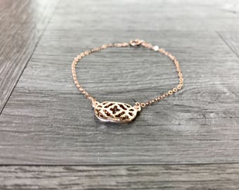 Dainty and simple rose gold bracelet
