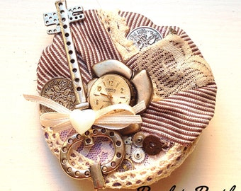 Steampunk brooch & hair fascinator
