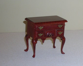 VINTAGE DOLLHOUSE  Furniture Mahogany Lowboy