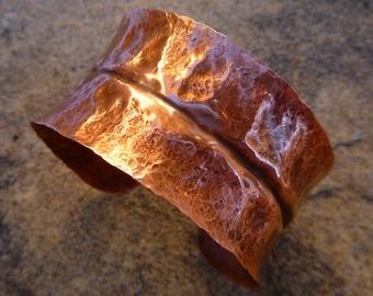 Copper cuff bracelet, Copper jewelry, Hammered copper, Cuff bracelet, Metalwork, Artisan jewelry, Rustic jewelry