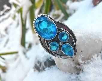 Stunning Blue Topaz ring size 6.75 US 52.75