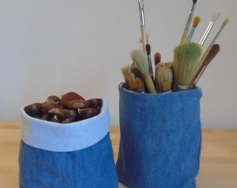 Pair of jeans baskets
