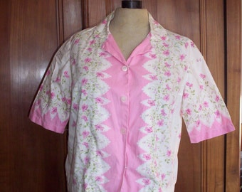Floral blouse white and pink