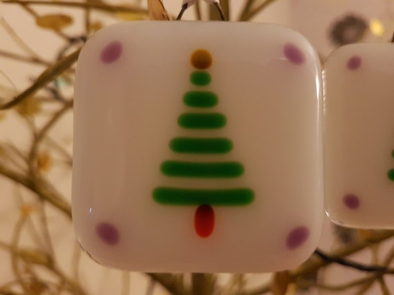 Set of 3 Fused glass Christmas decorations depicting Christmas trees