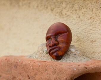 Miniature sculpture avocadostone