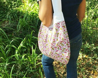 Spring Leaves Large Purse - Hobo Bag -  Diaper Bag - Slouch Bag - Carry all - Pleated Purse - Gift for Her or Mom