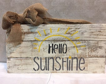Hello Sunshine Sign, Reclaimed wood sign, Country sign, Farmhouse sign, Vintage sign, Cottage sign
