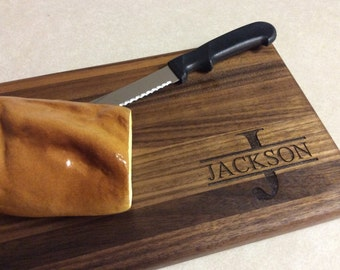Personalized Walnut cheese/bread board, custom wedding gift, bridal gift, holiday gift, unique gift