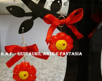 Paste earrings, mixed material